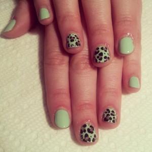 spring_leopard-300x300